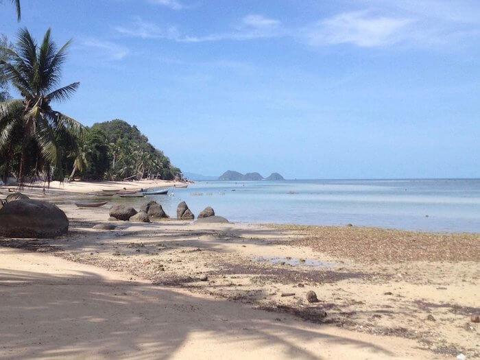 beach_koh_phangan_Easy-Resize.com_e0065d40-07e5-4ad5-b50d-c23c0bd100a2_530x@2x