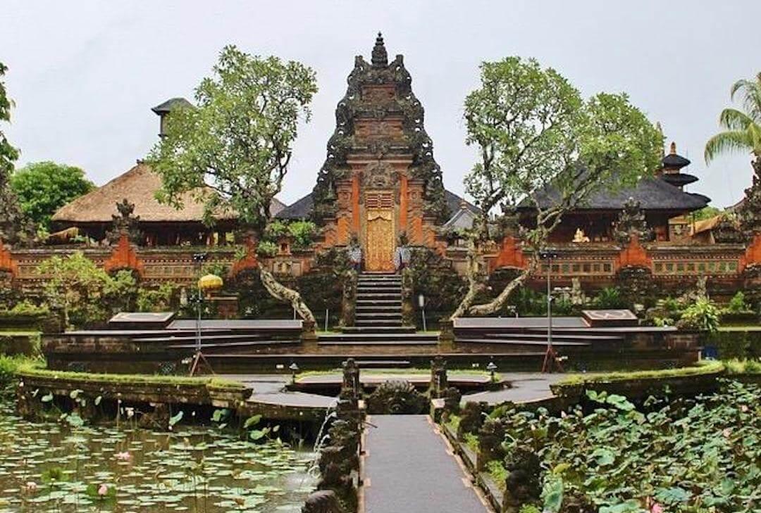 1080x720_bali_ubud_temple_paddies_